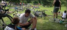 640x290_bikesOnGrass_9006417258_3bf899eb7f_b